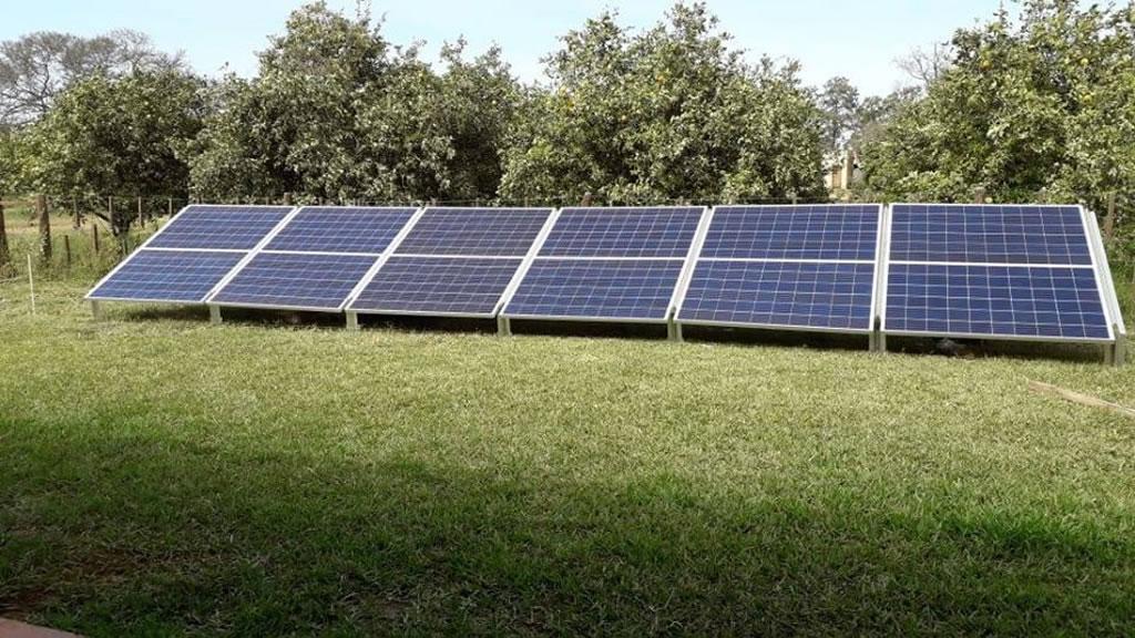Instalando un sistema Off Grid escalable en Apolinario Saravia, Salta