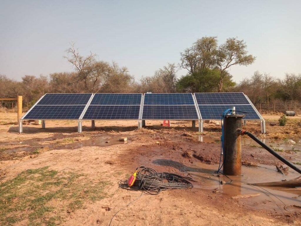 Nueva instalación de sistema de bombeo solar Lorentz para establecimiento ganadero
